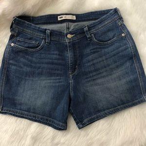Levi's Jean Shorts | Size 12